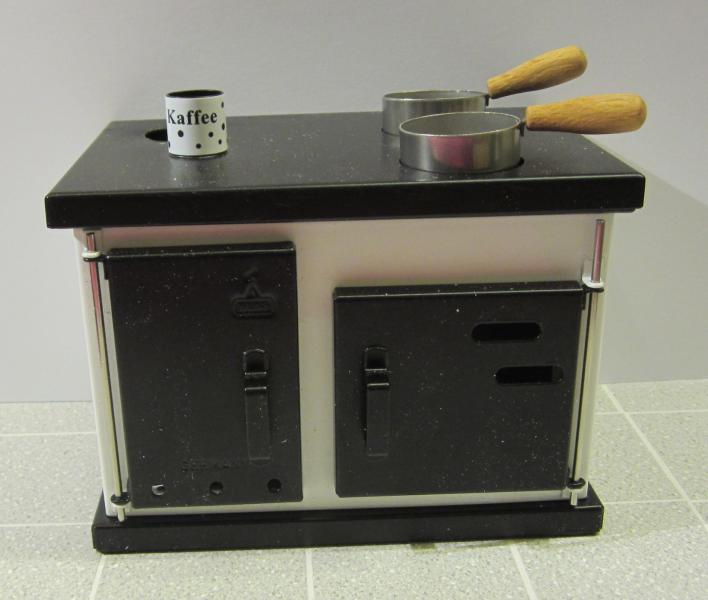 1:10 WORKING STOVE - SEE DETAILS