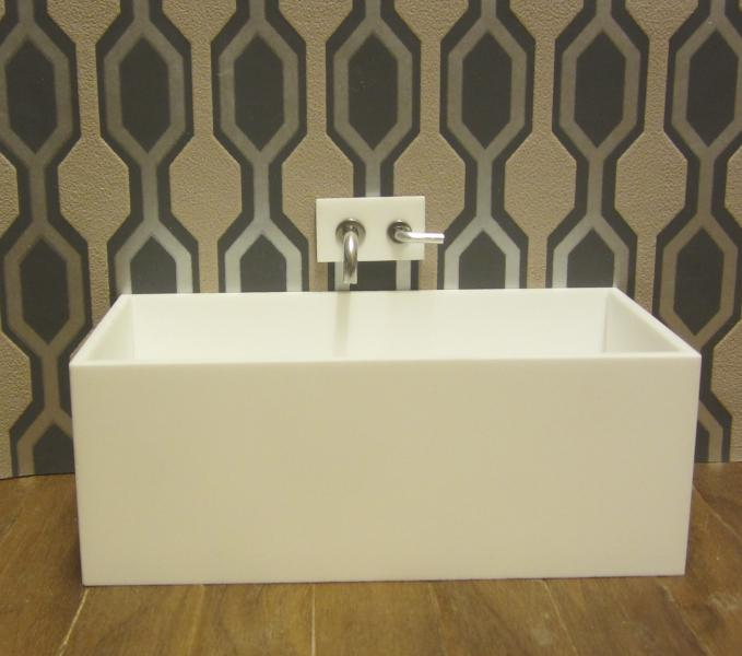 ELF matt white acrylic bath