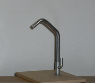 PLAYSCALE tap/fawcett - base-mounted