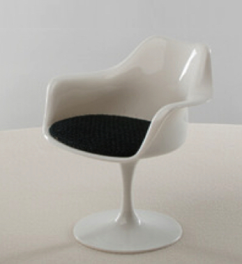 1:6 Playscale tulip chair with arms