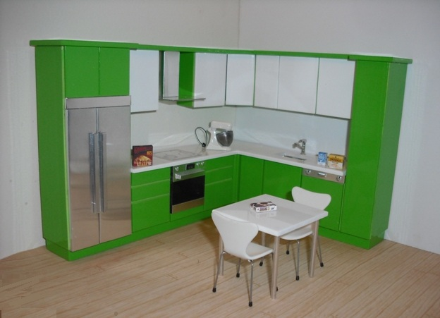1:16 ELF Kitchen in green and white gloss